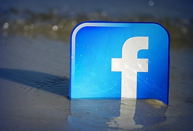 Facebook Usa Fanpage Like And Followers 200 With Comment 40